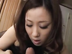 Passionate Japanese in black nylons is giving a head