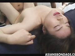 Pretty sweet Asian beauty is getting screwed from the both sides