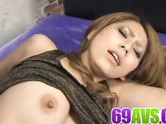 Dude fucking babe and finishing her up with vib