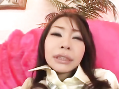 Japanese chick gets her hairy twat licked off and fucked
